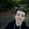 Илья, 19, г.Алушта