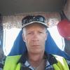 Олег, 43, г.Лисаковск